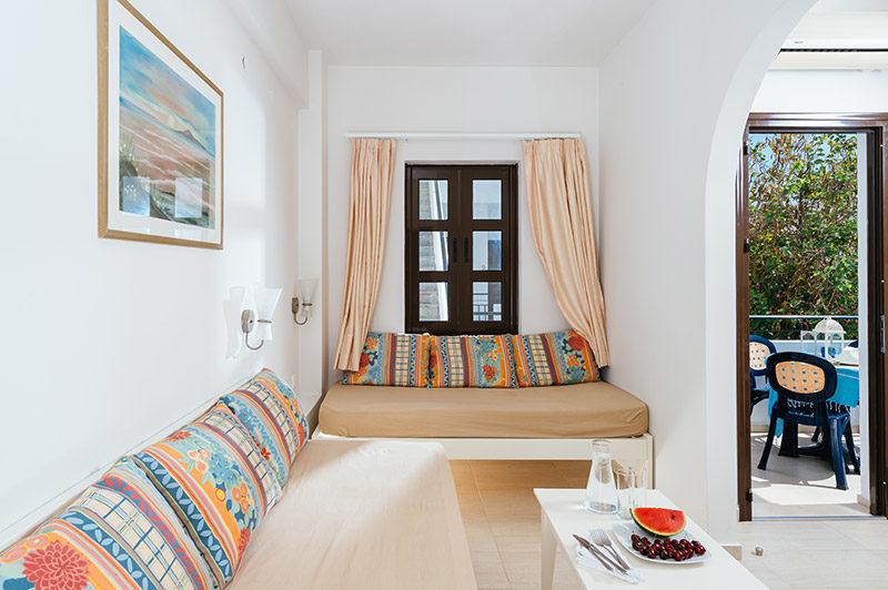 Paradise Apartments 03