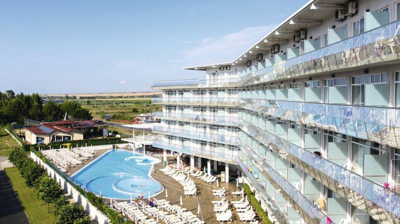 Aqua Nevis Clubhotel