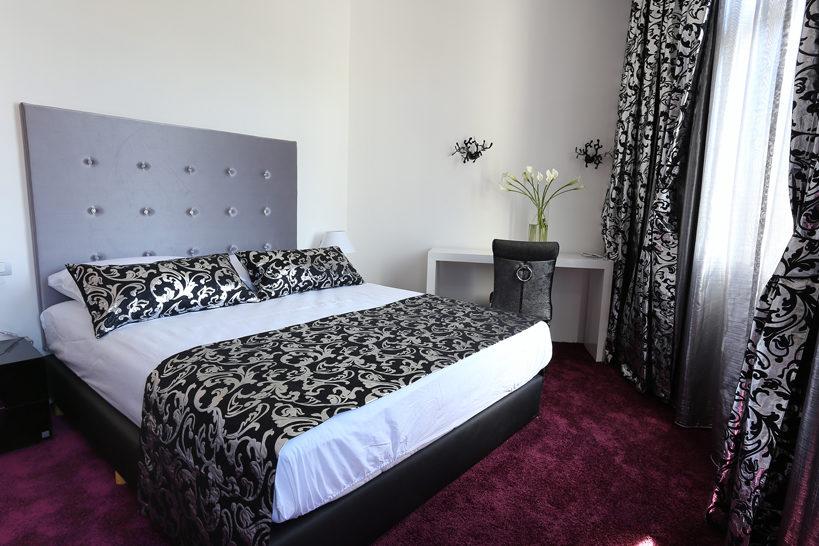 Starlight Luxury Rooms 02