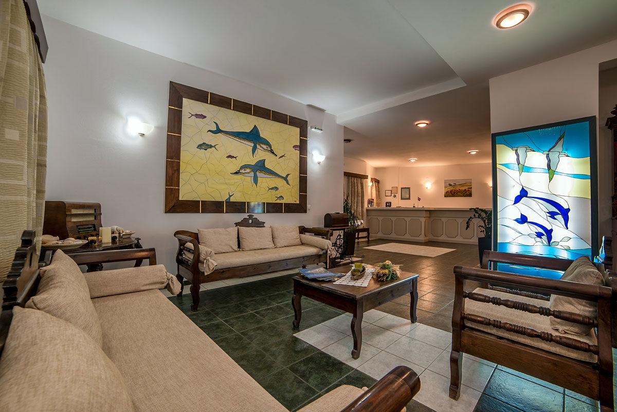 Scorpios Beach Hotel 06
