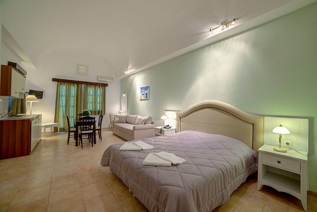 Scorpios Beach Hotel 04