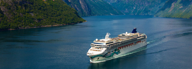 Norwegian Cruise Line Jade Ship