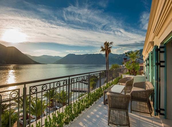 Hotel forza terra kotor montenegro cyplon holidays for Boutique hotel kotor