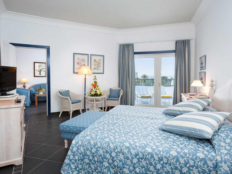 Seaside los jameos playa lanzarote canary islands for Design hotel lanzarote